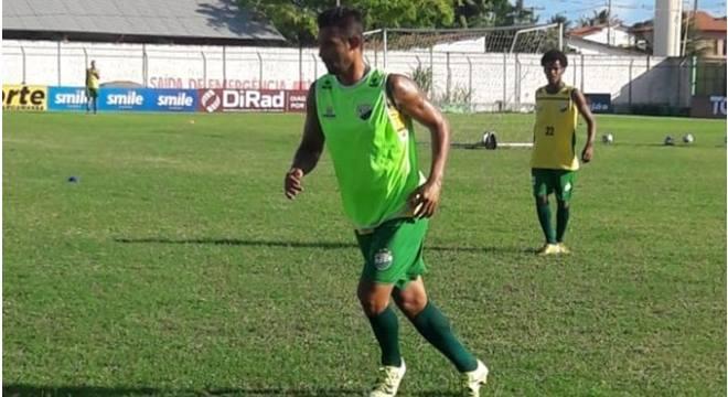 Edson Veneno é reintegrado ao Coruripe e pode aparecer no próximo confronto do clube (Créditos: Reprodução/Imagem-Wellyngton Pereira/ASCOM Coruripe)