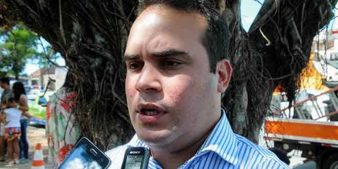 Em defesa dos professores, Davi Maia diz que é ilegal a atitude adotada pelo governador Renan Filho
