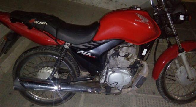 Moto recurperada pela Polícia Civil (Crédito: ASCOM PC/AL)