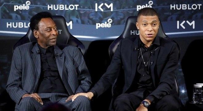 Pelé, no encontro de terça-feira com o atacante Mbappé (Créditos: Christian/Imagem)