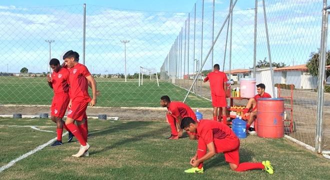 CRB se apresenta no CT Ninho do Galo e se prepara para jogo diante do Juazeirense © João Alvim