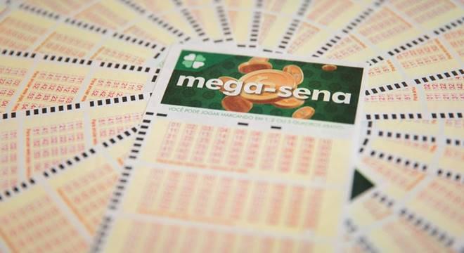 Sorteio da Mega-Sena deste sábado pode pagar R$ 40 milhões — © G1