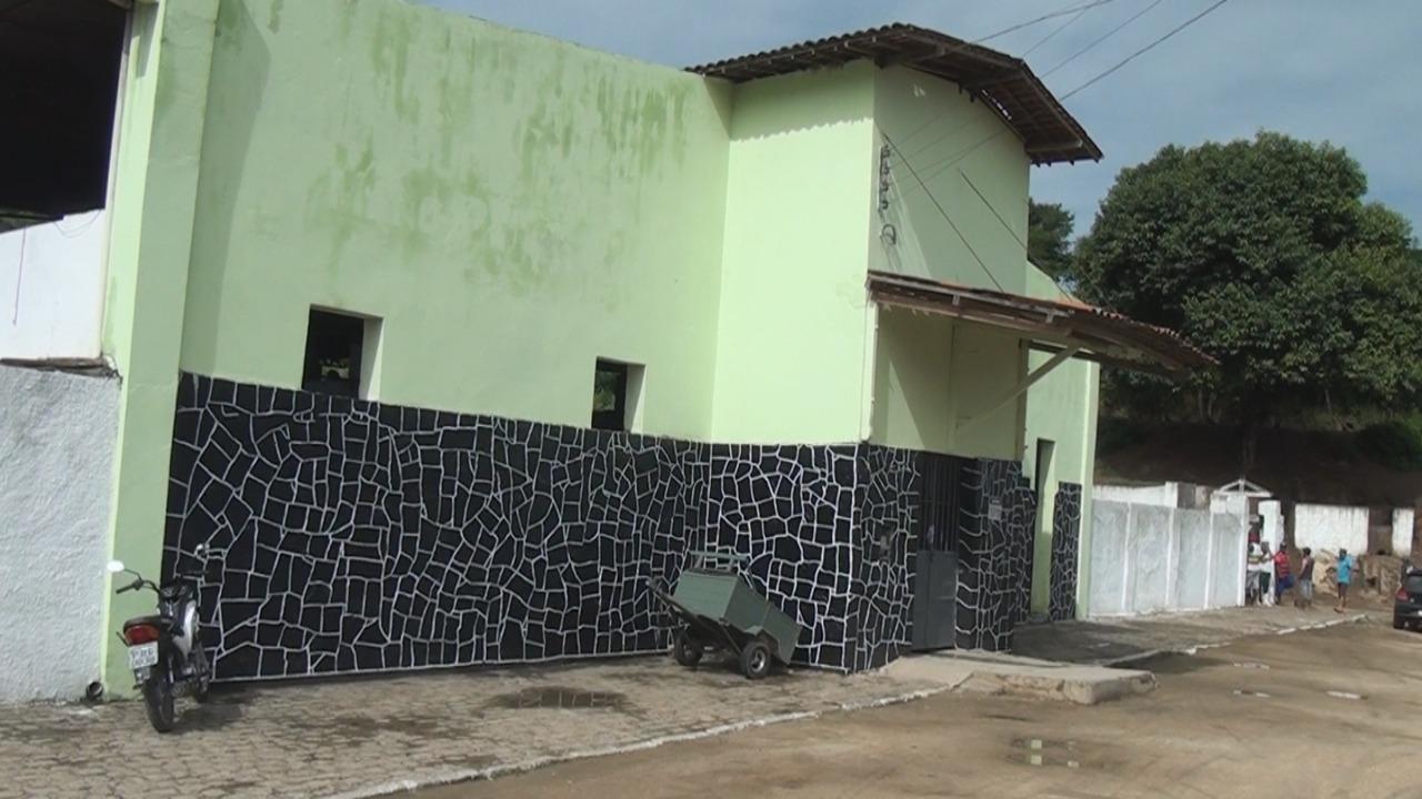 O matadouro foi interditado no dia 24 de maio; Prefeitura firmou um Termo de Ajustamento de Conduta (TAC) para a reabertura do local — © BR104
