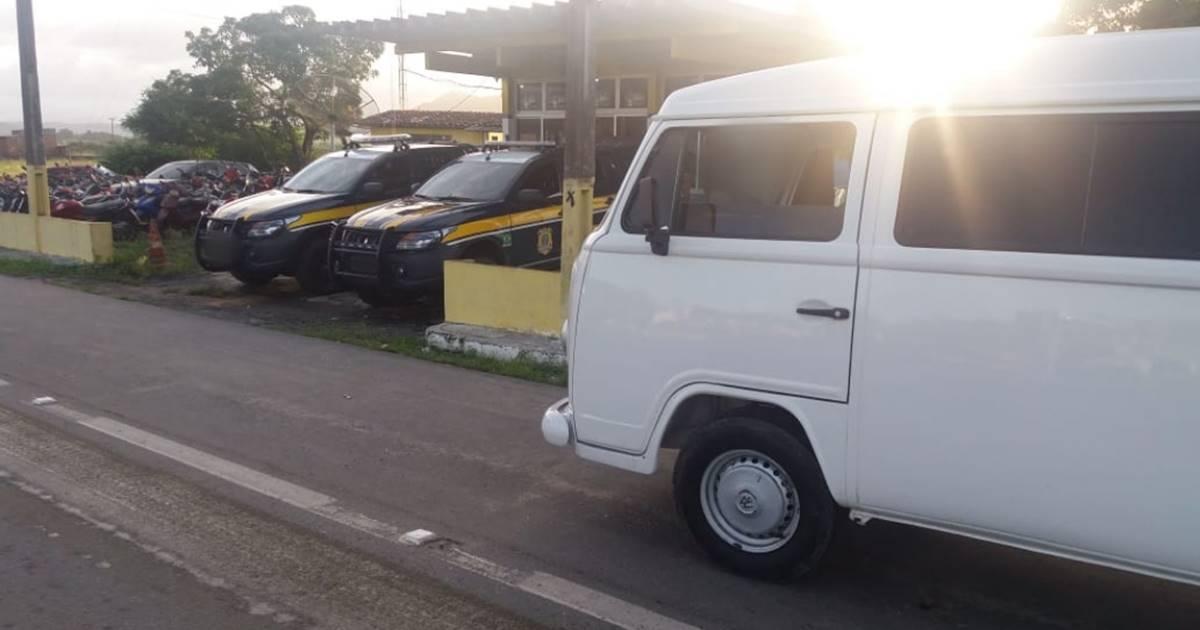 Os suspeitos alegaram aos agentes que haviam sido responsabilizados de entregar a mercadoria nas cidades de Branquinha e Murici — © Assessoria
