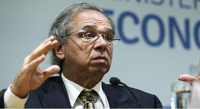 Ministro Paulo Guedes alega que seu celular foi clonado — © José Cruz