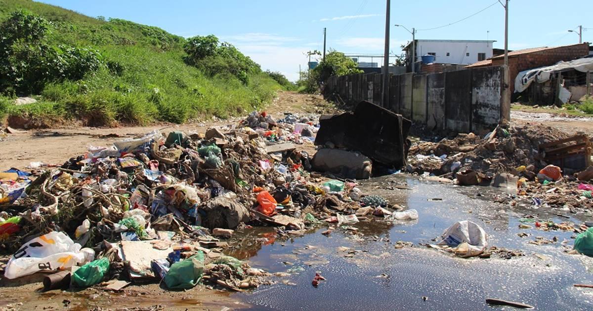 IMA autua Prefeitura de Maceió por 'lagoa de chorume'; valor chega a R$778 mil — © IMA
