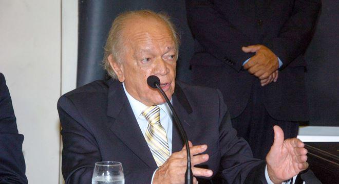 Guilherme Palmeira pede para que filho não encerre carreira política — © Assessoria