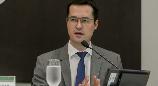 Solicitação de Renan Calheiros contra Dallagnol, é negado pelo CNMP — © Fernando Willadino