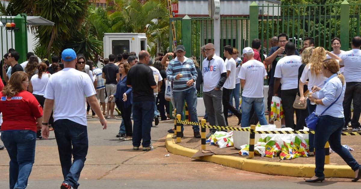 435 mil estudantes do ensino superior farão o Enade no próximo domingo (24) — © Valter Campanato/Agência Brasil
