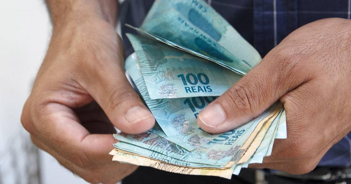 Governo Federal anuncia pela 2ª vez, redução no salário mínimo — © Reprodução