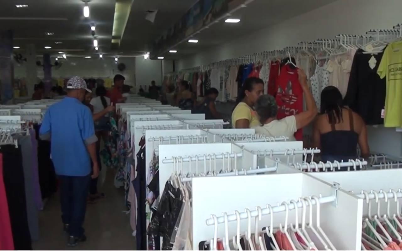 Com o fechamento de indústrias, comércio de União dos Palmares tenta se reerguer — © Reprodução/BR104