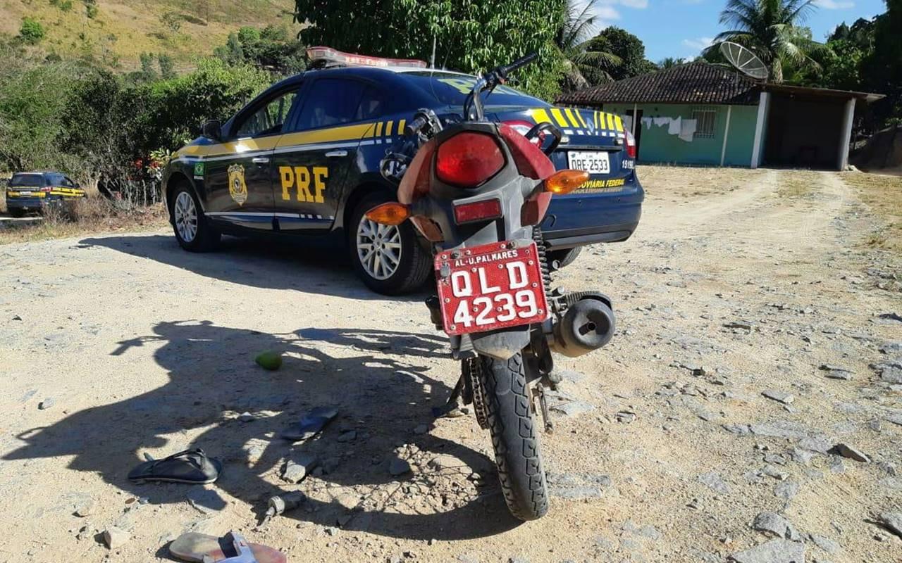 Moto roubada foi recuperada pela PRF — © Ascom/PRF