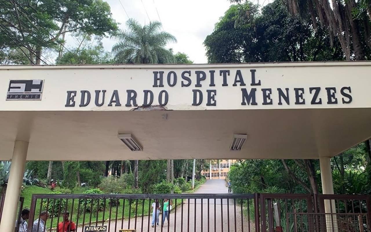 Paciente está internada no Hospital Eduardo de Menezes, em Belo Horizonte — © Herbert Cabral/TV Globo