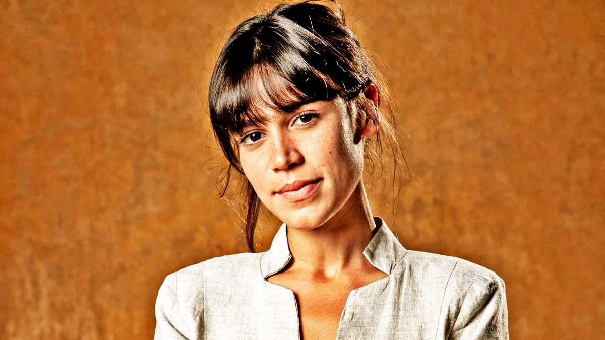 Carla Salle - Reprodução: Internet