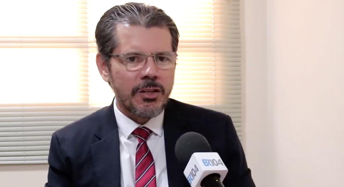 Colégio Adventista DR. Milton Afonso - diretor Carlos