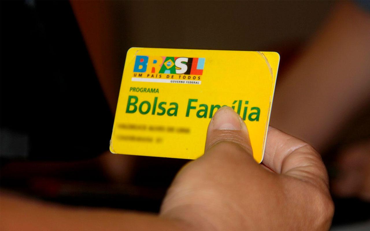 Cartão do Bolsa Família — © Reprodução