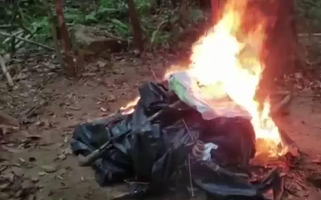 Equipamentos utilizados para caçar animais foram queimados — Foto: Reprodução/Tv Gazeta