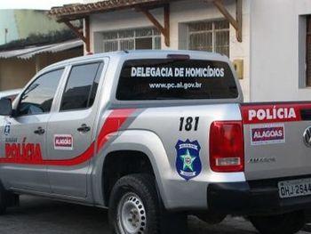 Viatura da Delegacia de Homicídios de Maceió — © Reprodução