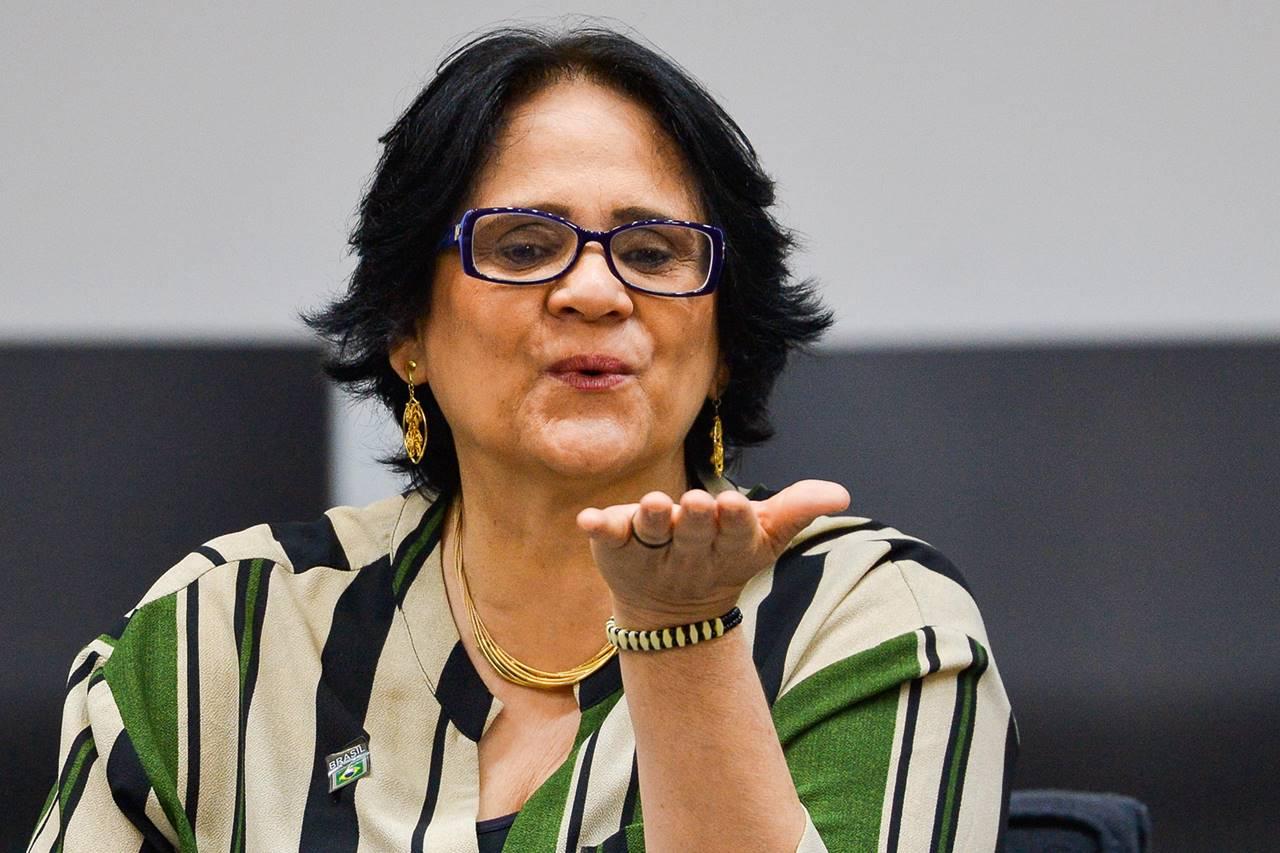 Ministra Damares Alves - @reprodução