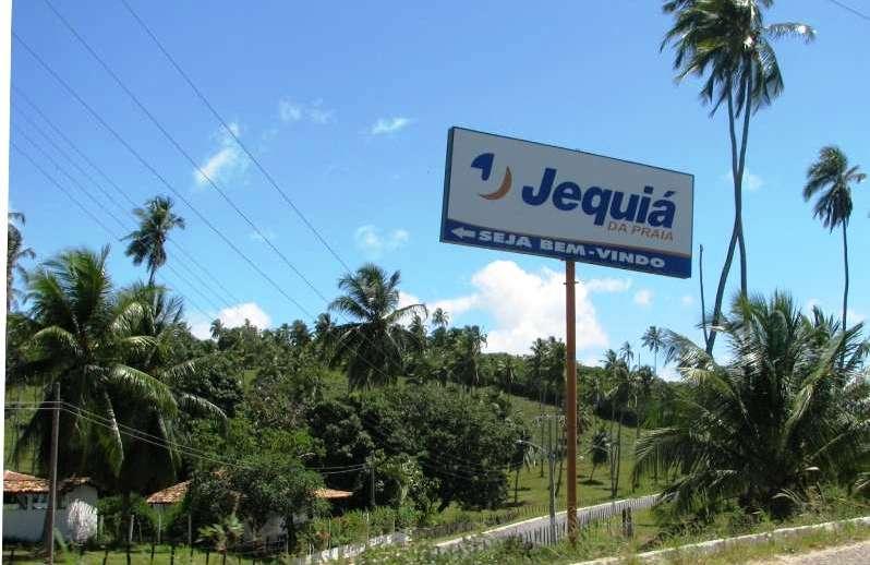 Prefeitura de Jequiá da Praia interdita acessos à cidade