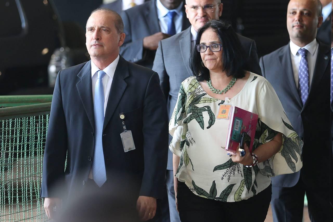 Ministro Onyx Lorenzoni e a ministra Damares Alves