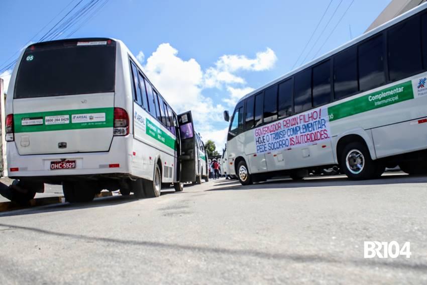Motorista do Transporte Complementar protestando em União dos Palmares - BR104