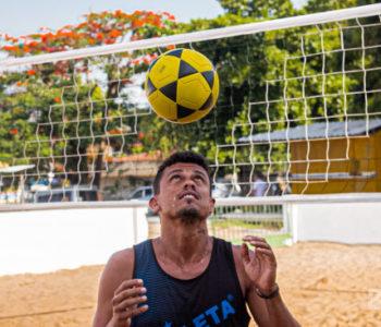 Bello Soares jogador de futivôlei — © Gustavo Lopes/BR104