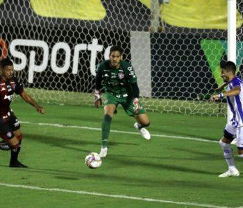 CSA vence o Vitória por 1 a 0 e avança na tabela da Série B — © Uendel Galter