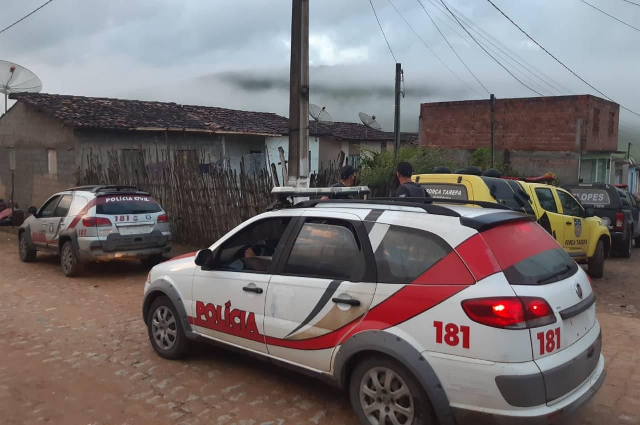 Dois são presos em cumprimento de mandados em União dos Palmares — © Cortesia ao BR104