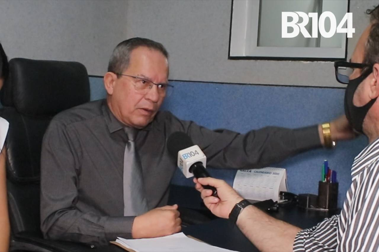 Dr. Paulo Cavalcante durante entrevista ao BR104 | © Reprodução