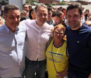 Neno Freitas ao lado do governador Renan FIlho