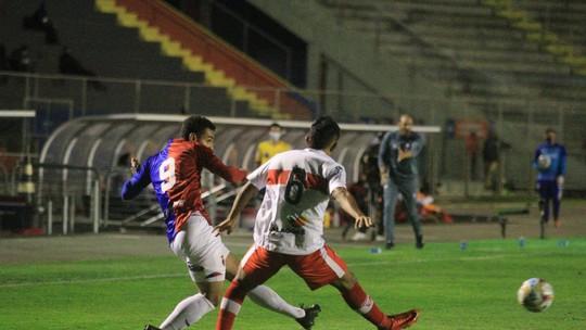 CRB desce duas posições na Série B após perder de 2 a 0 para o Paraná — © Reprodução