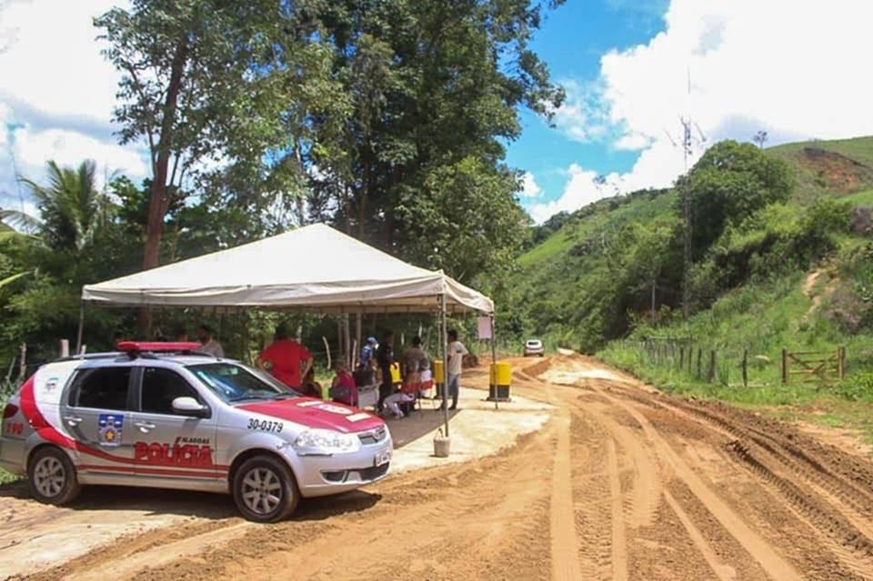 Estrada da divisa entre Correntes (PE) e Santana do Mundaú (AL) — © Reprodução/Ilustração