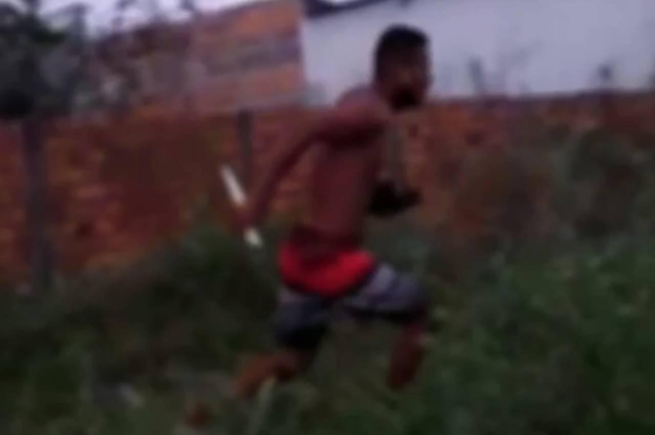 Homem foge após ser flagrado estuprando menina de 11 anos, em Sergipe — © Reprodução