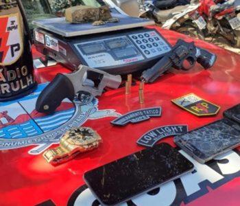 Material encontrado pelo 3º BPM dentro de residência de Taquarana — © PM/AL