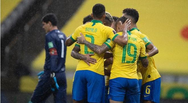 Seleção Brasileira comemora gol contra Bolívia — © Lucas Figueiredo/CBF