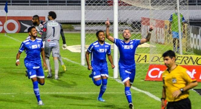 CSA vence o Operário por 1 a 0 — © Ailton Cruz