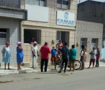 Moradores protestam em Ibateguara após falta de água