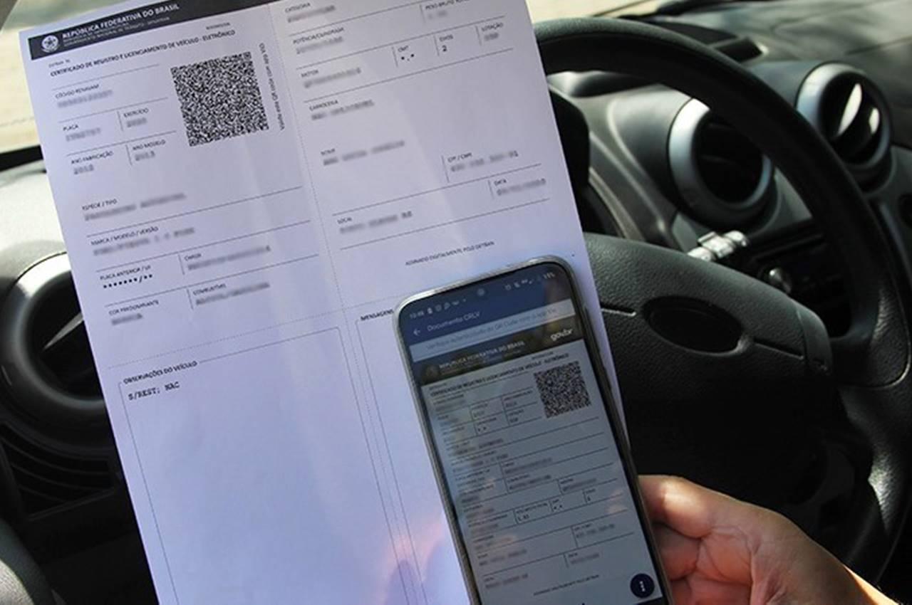 CRLV digital substitui documento impresso — © Reprodução