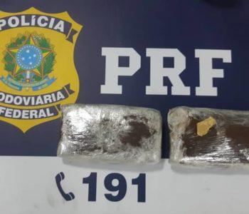 Droga foi encontrada na mala de passageiro — © Cortesia/PRF