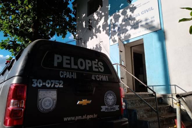 Guarnição do Pelopes em frente à Delegacia de União dos Palmares — © Gustavo Lopes/BR104