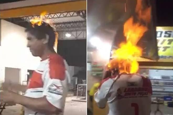 Homem coloca fogo na própria cabeça — © Reprodução