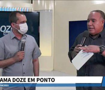 Fernando Chicuta durante entrevista a Kleber Marques, apresentador do Doze em Ponto — © Reprodução