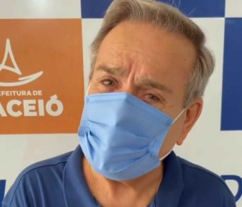 Ronaldo Lessa faz apelo aos jovens após ser imunizado contra a Covid-19 – © Instagram/Ronaldo Lessa