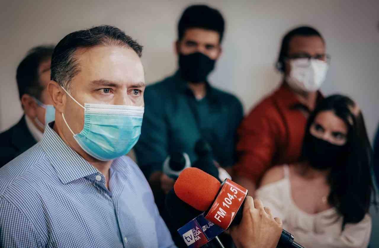 Renan Filho sendo entrevistado –© Assessoria