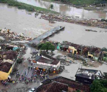 Local atingido pela enchente de 2010 — © Gazeta do Povo
