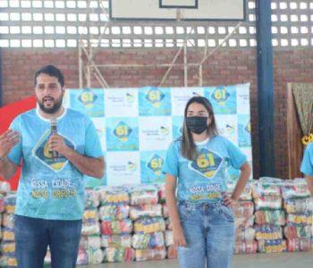 Prefeito de Santana do Mundaú, Arthur Freitas, agradecendo as doações – © Assessoria