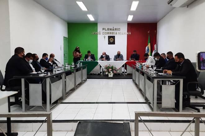 Vereadores durante sessão na Câmara de União dos Palmares — © Rayanne Rodrigues/BR104