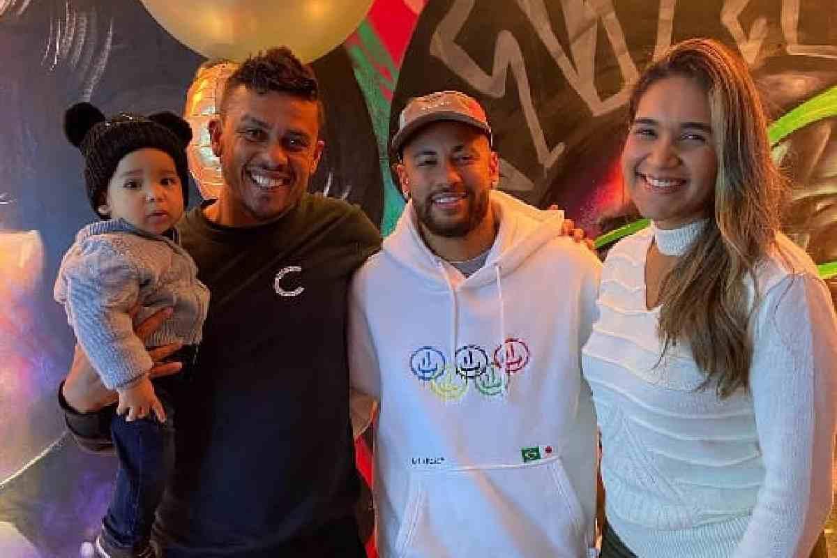 Bello, Neymar e Emanuelle – © Instagram