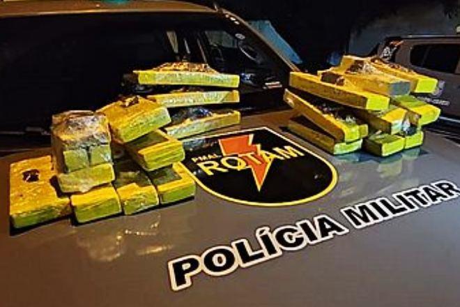 Material apreendido pela Polícia Militar em Rio Largo   © PMAL